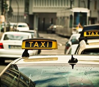 Alliance Taxi réalise tous les trajets allant de votre domicile vers un aéroport en Midi-Pyrénées